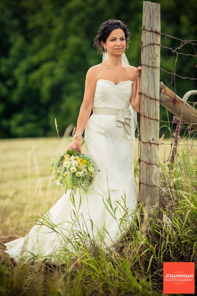 Vineland-Estates-Wedding-Vineyard-Bride-photo-by-Joel-Hannigan-Photography-0009.JPG