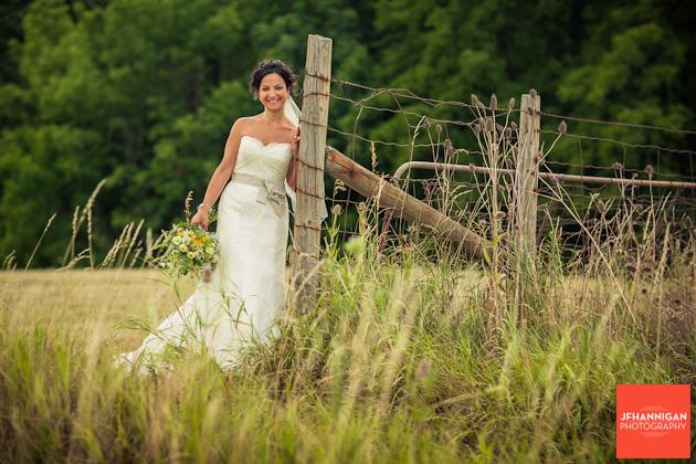 Vineland-Estates-Wedding-Vineyard-Bride-photo-by-Joel-Hannigan-Photography-0010.JPG