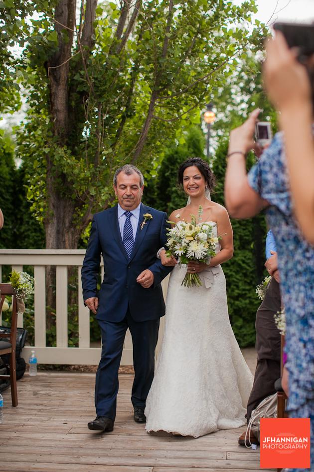 Vineland-Estates-Wedding-Vineyard-Bride-photo-by-Joel-Hannigan-Photography-0019.JPG