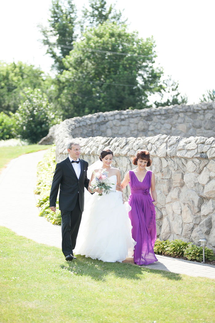 Hernder-Estate-Wines-Winery-Wedding-Vineyard-Bride-photo-by-Philosophy-Studios-Andrea's-Impressions-0017.JPG