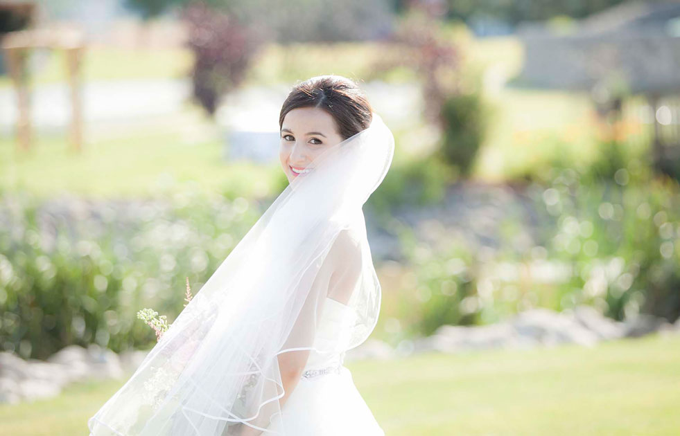 Hernder-Estate-Wines-Winery-Wedding-Vineyard-Bride-photo-by-Philosophy-Studios-Andrea's-Impressions-0021.JPG