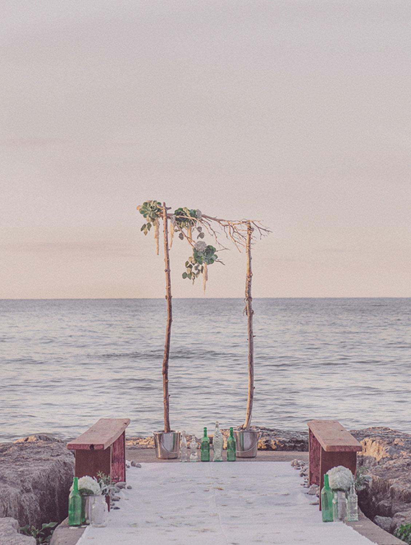 Grimbsy-Beach-Editorial-Vineyard-Bride-photo-by-Destiny-Dawn-Photography-006.JPG