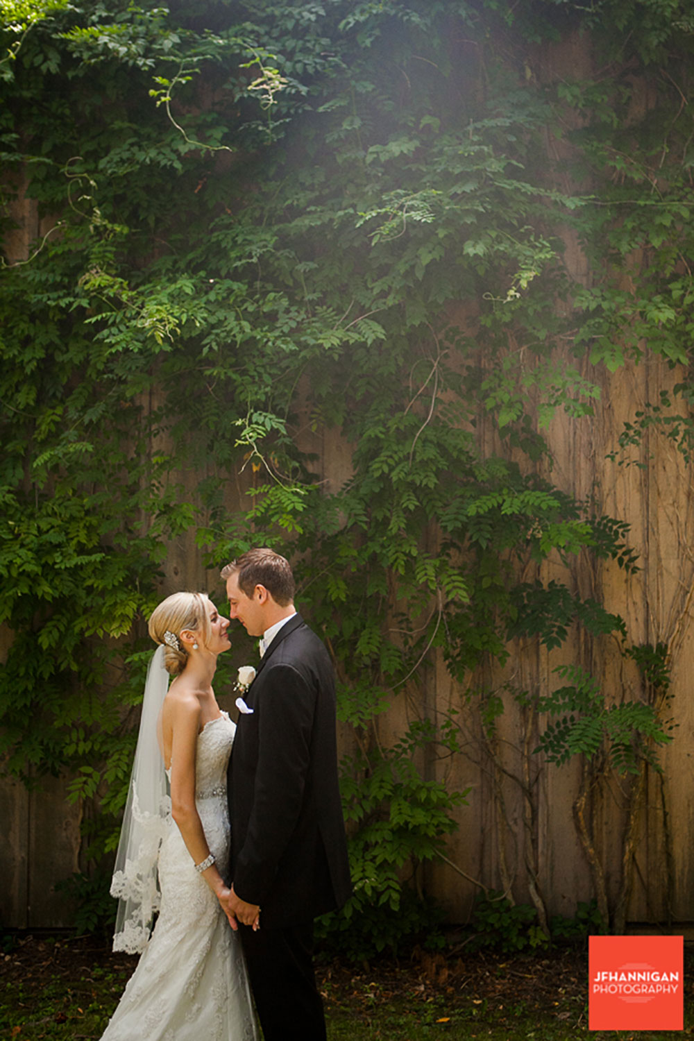 Pillar-and-Post-Vintage-Hotels-Wedding-Vineyard-Bride-photo-by-Joel-Hannigan-Photography-0044.JPG