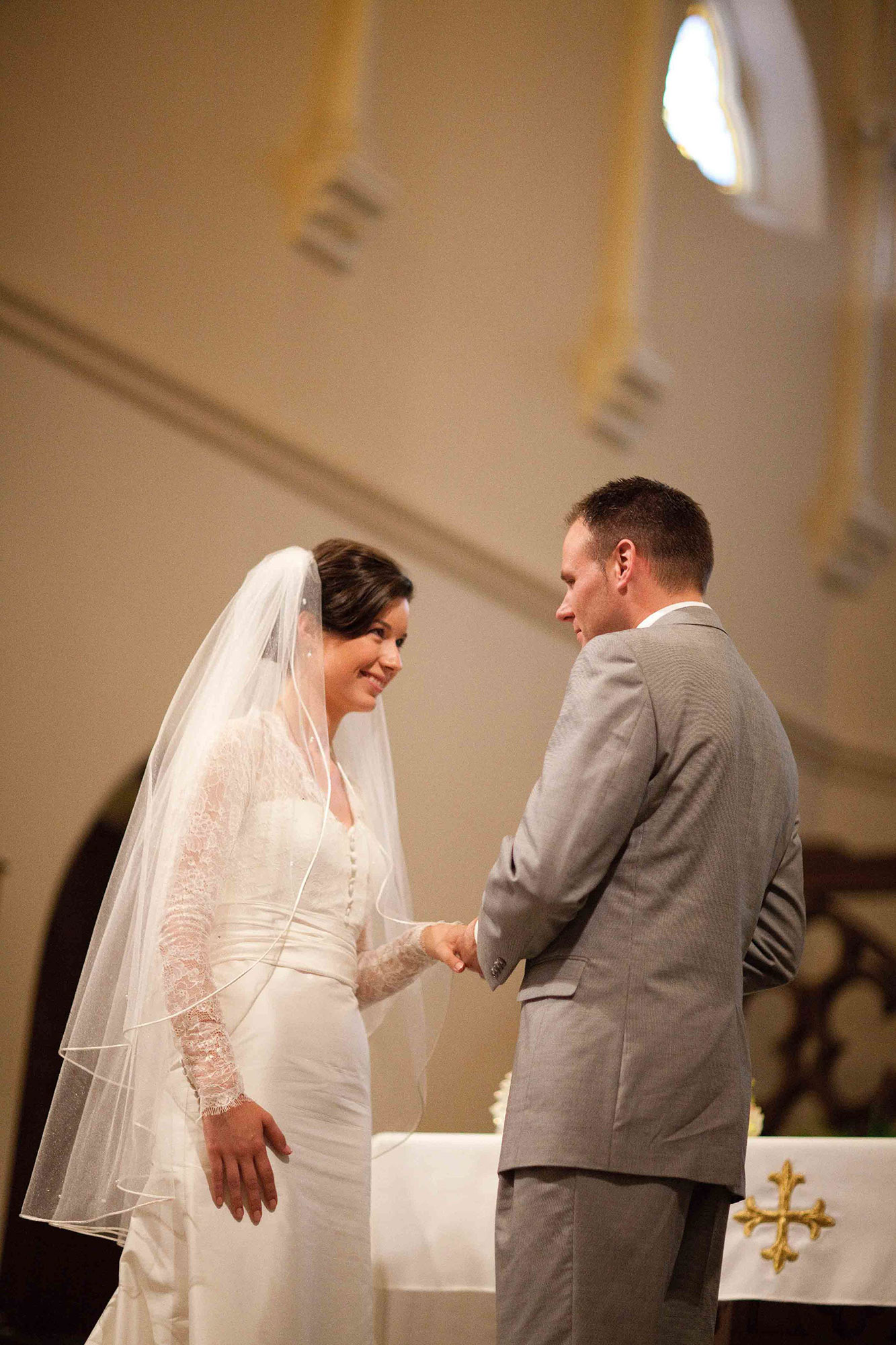 Amanda-Cowley-Willowbank-Vineyard-Bride-Photo-By-White-Photographie-007.jpg