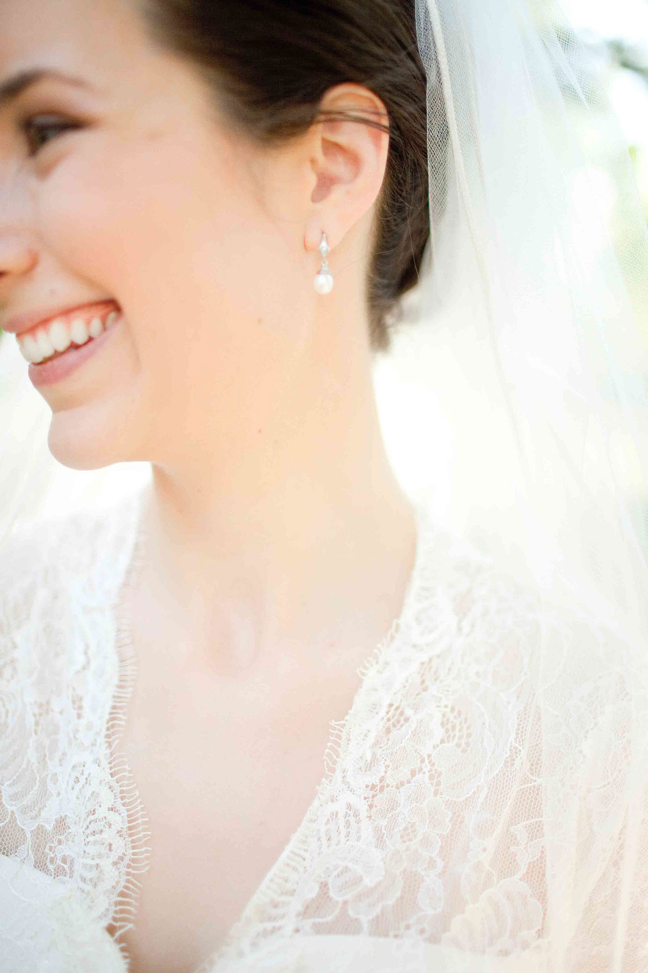 Amanda-Cowley-Willowbank-Vineyard-Bride-Photo-By-White-Photographie-025.jpg