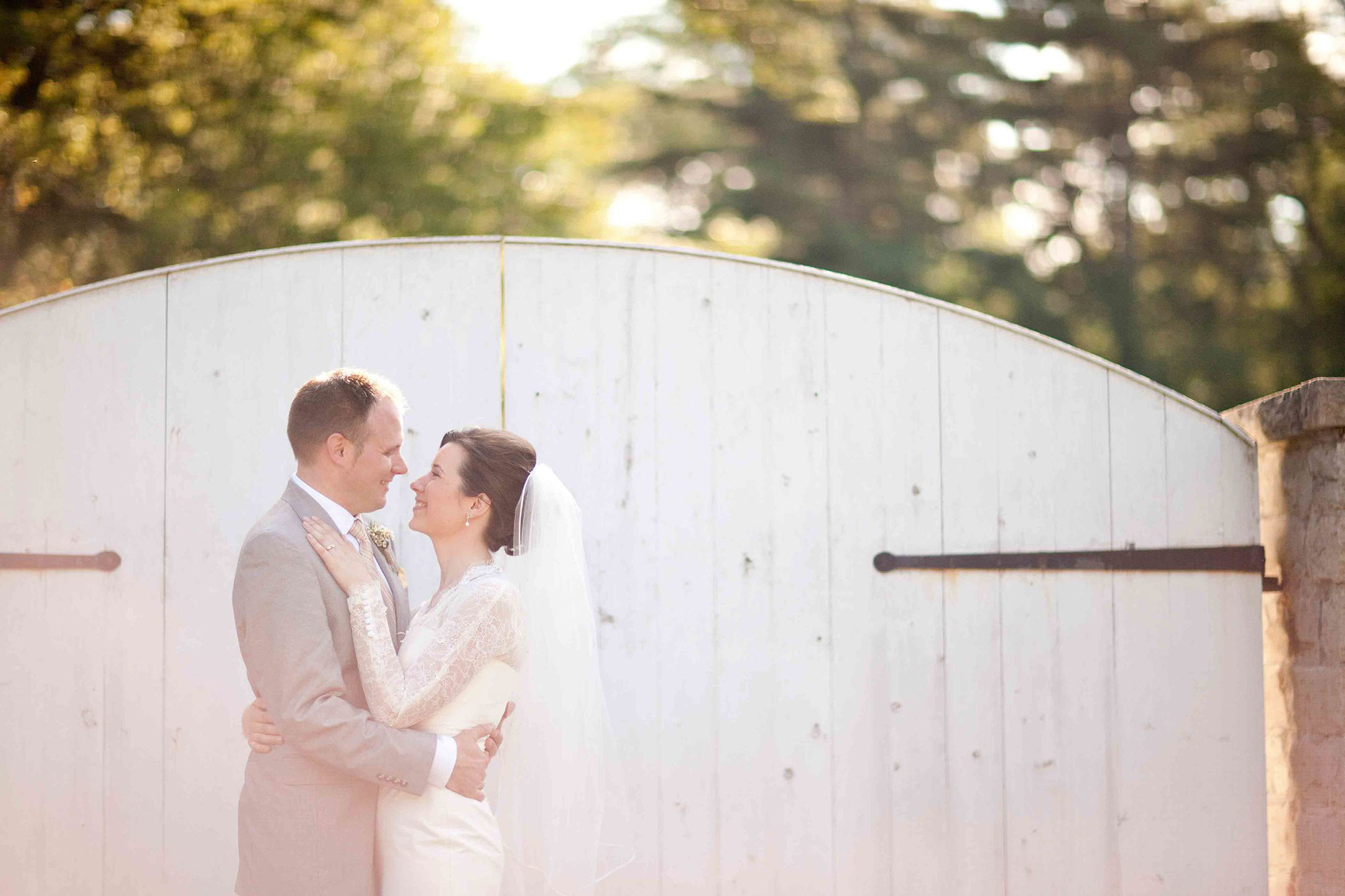 Amanda-Cowley-Willowbank-Vineyard-Bride-Photo-By-White-Photographie-030.jpg