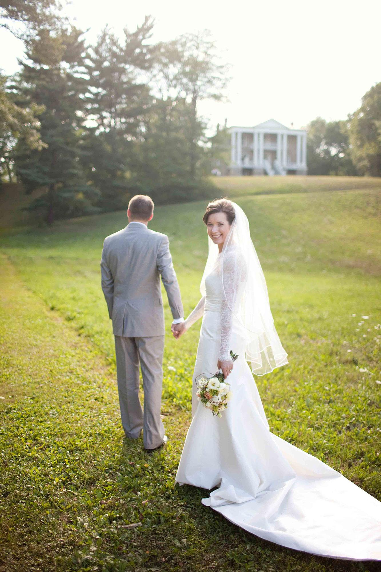 Amanda-Cowley-Willowbank-Vineyard-Bride-Photo-By-White-Photographie-032.jpg