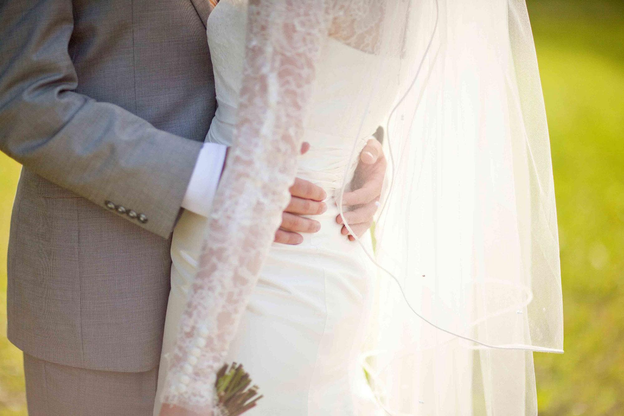 Amanda-Cowley-Willowbank-Vineyard-Bride-Photo-By-White-Photographie-033.jpg
