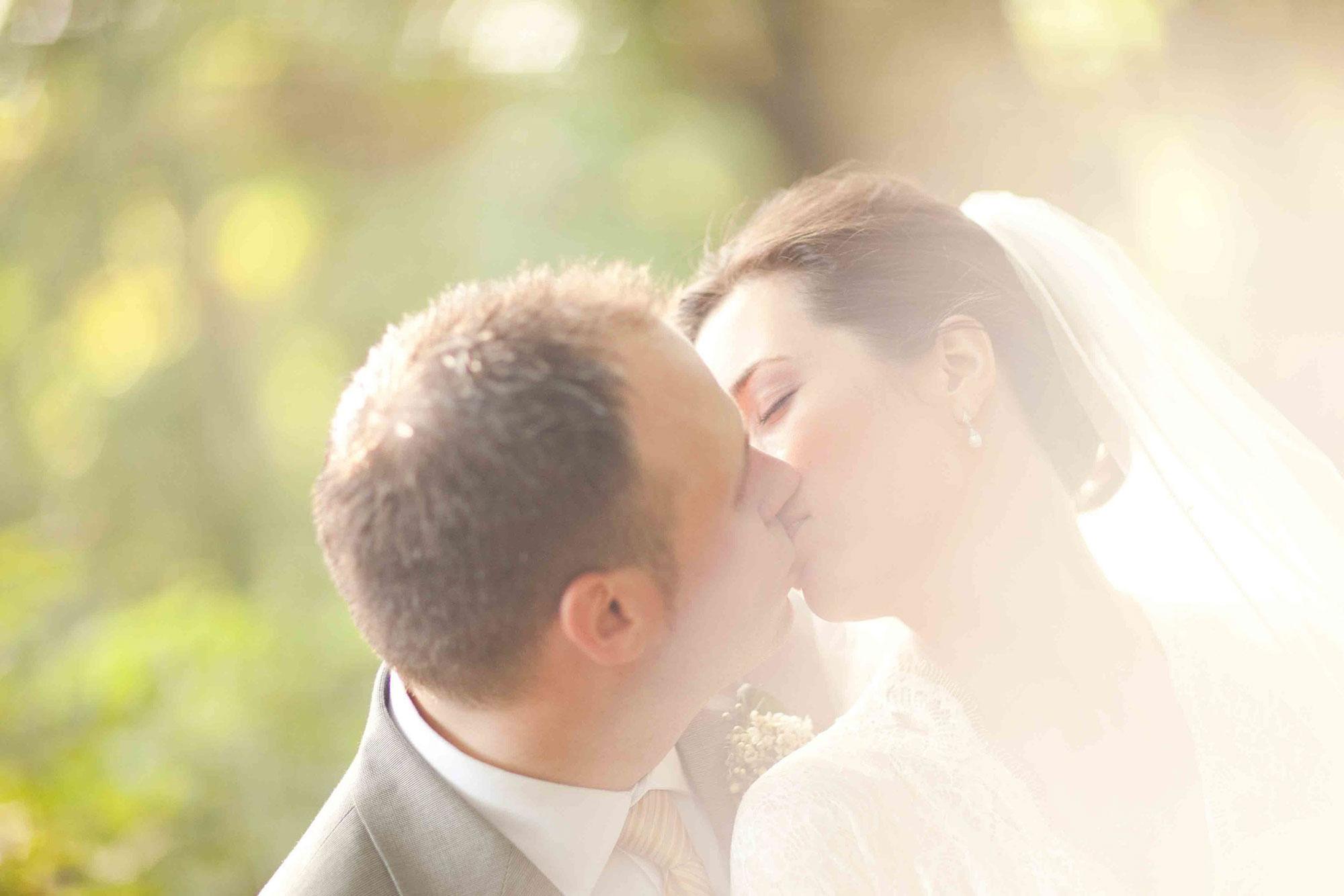 Amanda-Cowley-Willowbank-Vineyard-Bride-Photo-By-White-Photographie-039.jpg