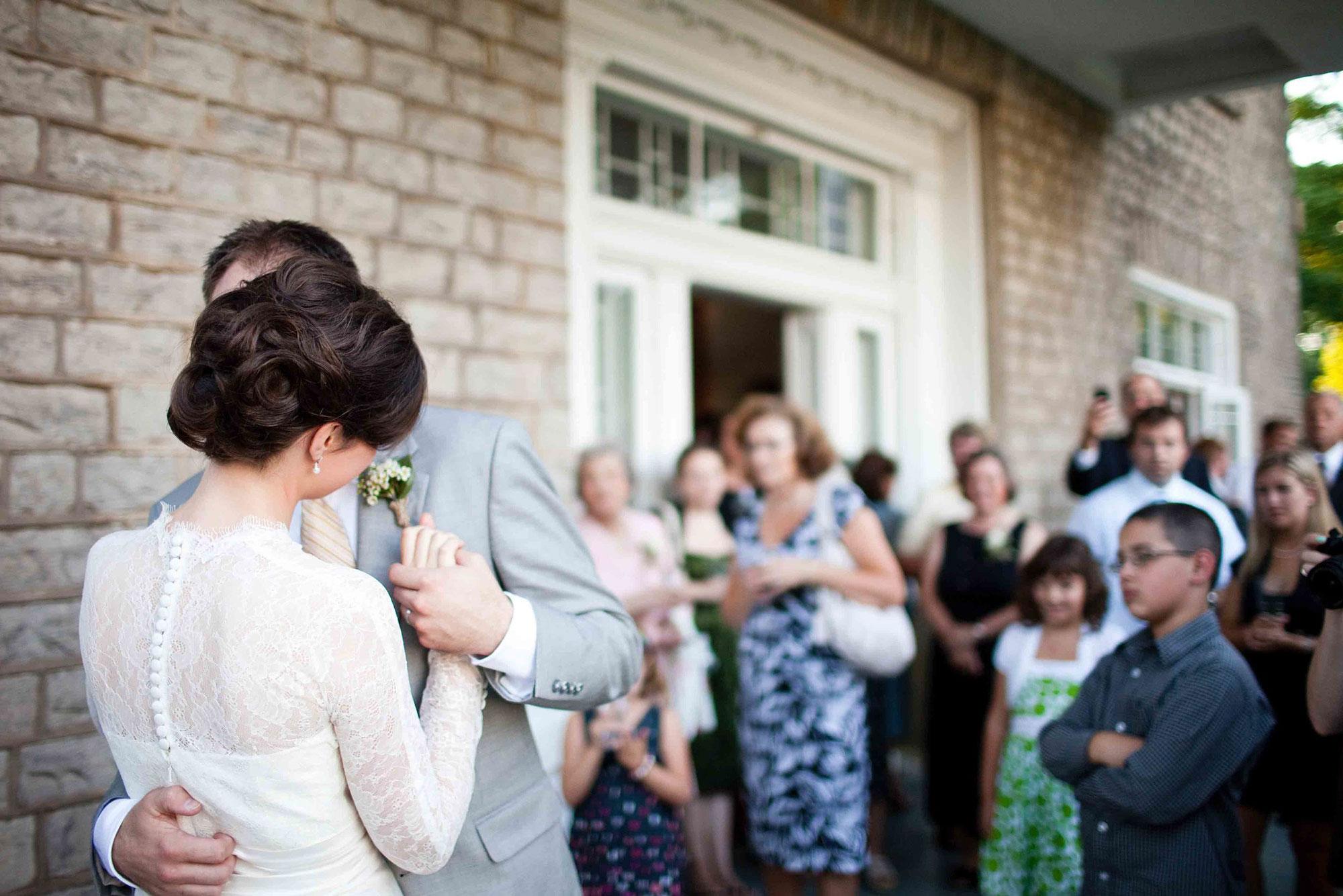 Amanda-Cowley-Willowbank-Vineyard-Bride-Photo-By-White-Photographie-044.jpg