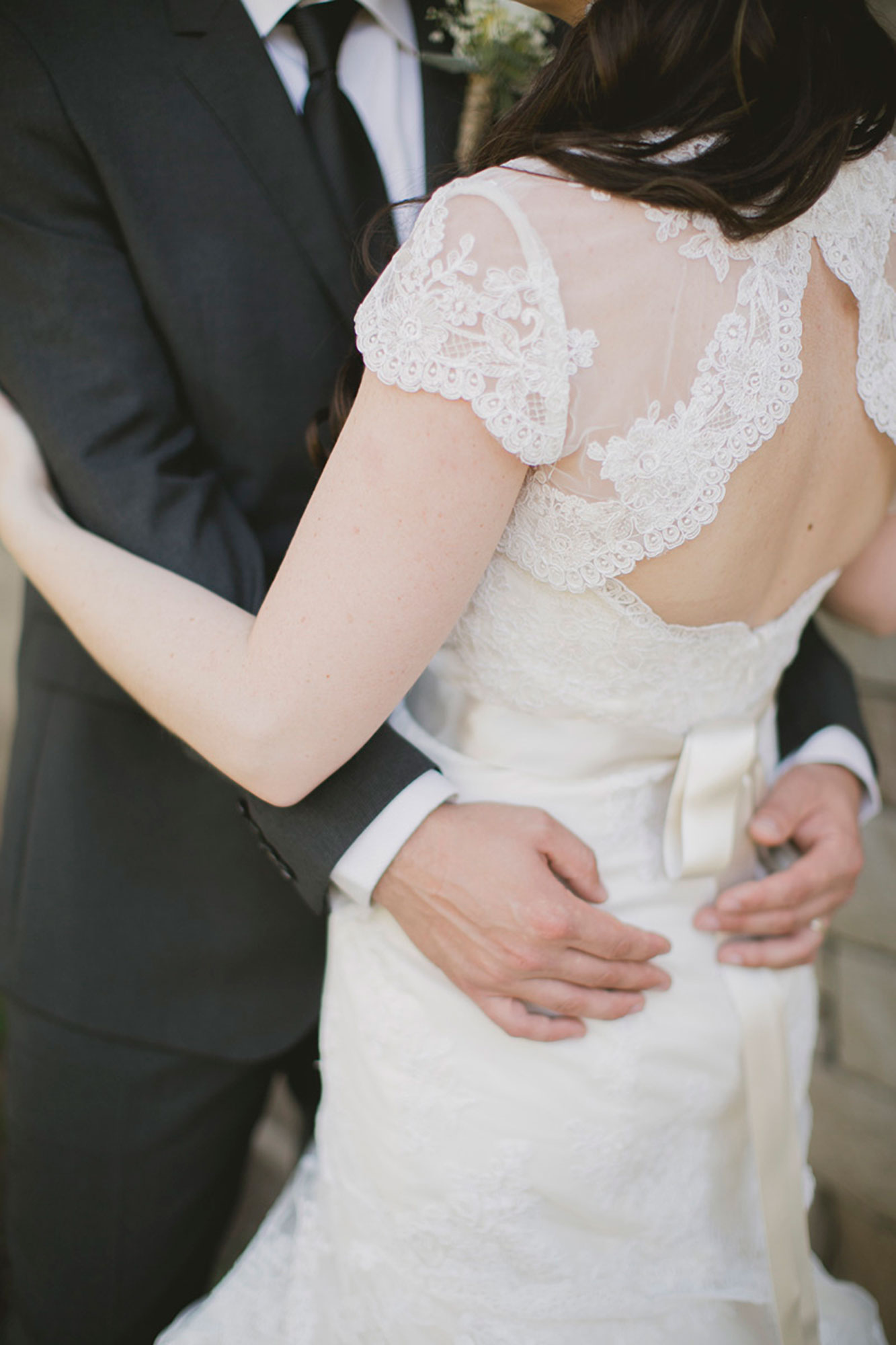 Balls-Falls-Vineyard-Bride-Photo-By-Elizabeth-in-Love-019.jpg