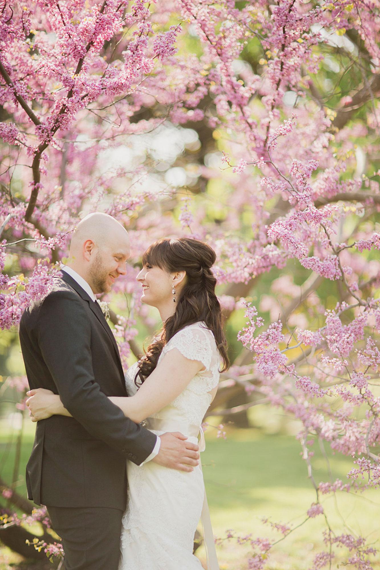 Balls-Falls-Vineyard-Bride-Photo-By-Elizabeth-in-Love-020.jpg