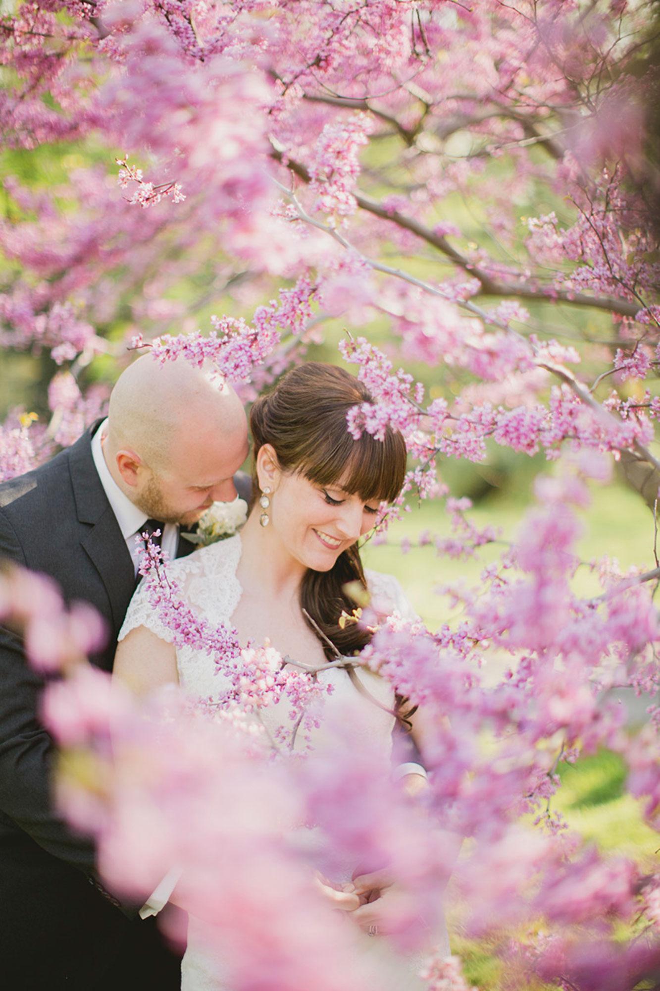 Balls-Falls-Vineyard-Bride-Photo-By-Elizabeth-in-Love-022.jpg