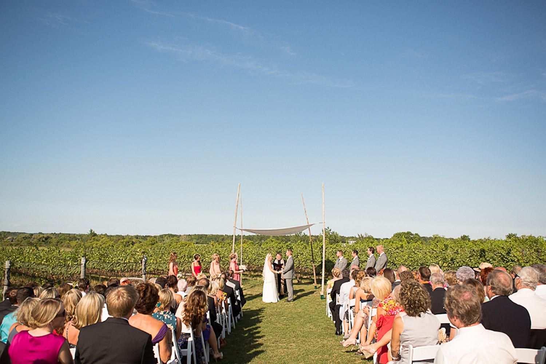 Ravine-Vineyard-Wedding-Vineyard-Bride-Photo-By-Andrew-Mark-Photography-018.jpg