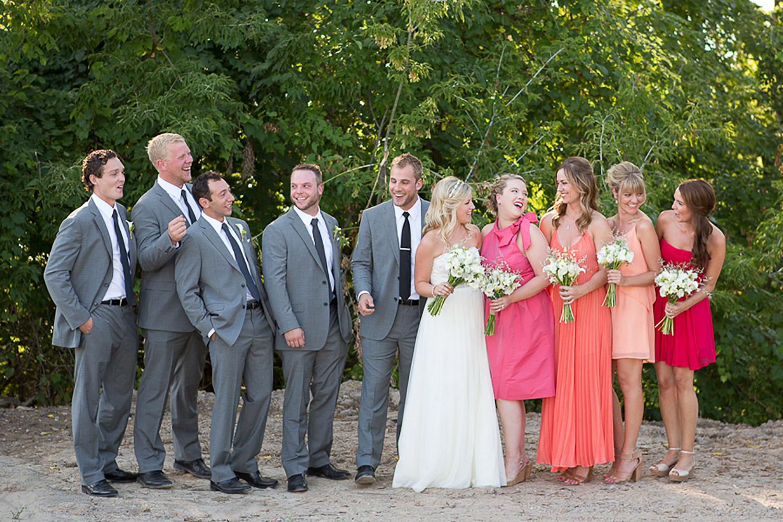 Ravine-Vineyard-Wedding-Vineyard-Bride-Photo-By-Andrew-Mark-Photography-020.jpg