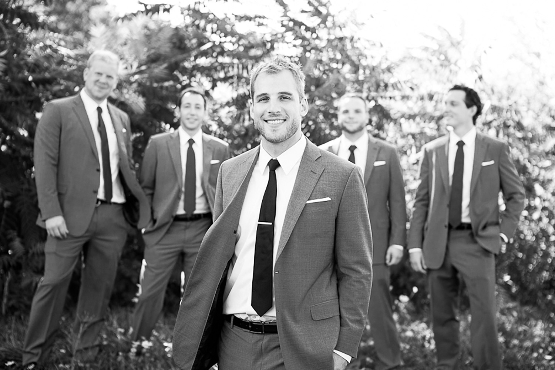Ravine-Vineyard-Wedding-Vineyard-Bride-Photo-By-Andrew-Mark-Photography-022.jpg