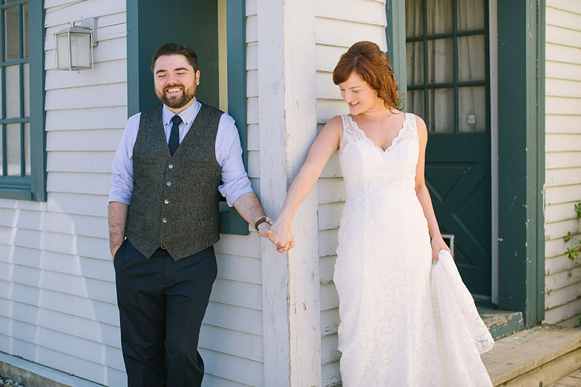 Navy-Hall-Wedding-Vineyard-Bride-Photo-By-Andrew-Mark-Photography-008.jpg
