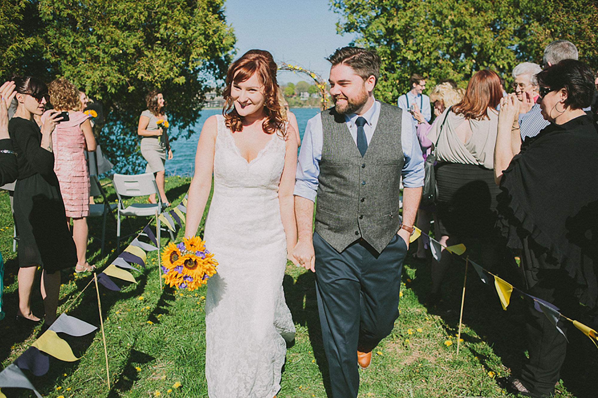 Navy-Hall-Wedding-Vineyard-Bride-Photo-By-Andrew-Mark-Photography-032.jpg