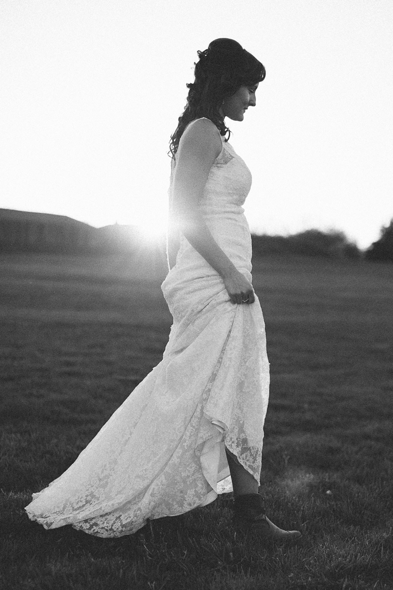 Navy-Hall-Wedding-Vineyard-Bride-Photo-By-Andrew-Mark-Photography-051.jpg