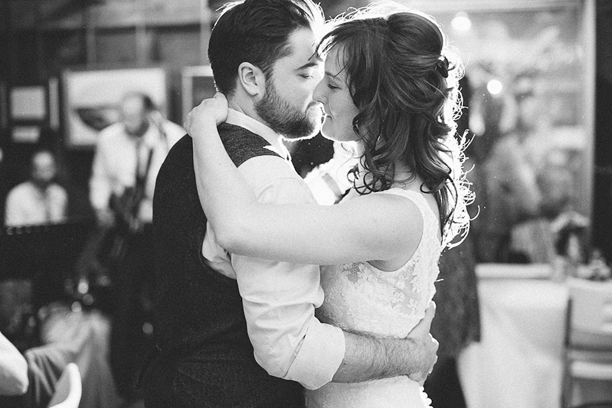 Navy-Hall-Wedding-Vineyard-Bride-Photo-By-Andrew-Mark-Photography-054.jpg