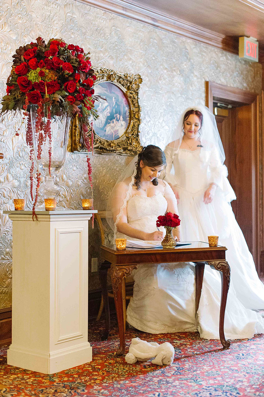 Vintage-Hotels-Wedding-Vineyard-Bride-Photo-By-Tara-McMullen-Photography-010.jpg