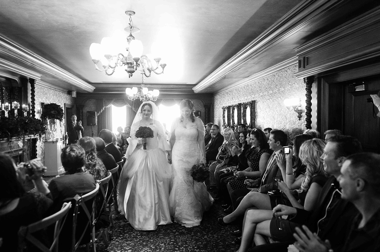 Vintage-Hotels-Wedding-Vineyard-Bride-Photo-By-Tara-McMullen-Photography-012.jpg