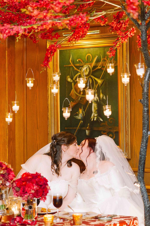 Vintage-Hotels-Wedding-Vineyard-Bride-Photo-By-Tara-McMullen-Photography-041.jpg