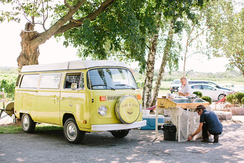 Honsberger-Estate-Winery-Wedding-Vineyard-Bride-Photo-By-Andrew-Mark-Photography-031.jpg