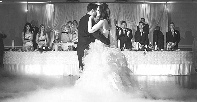 Wedding-DJ-Entertainment-Vineyard-Bride-Photo-By-Liquid-Entertainment-004.jpg