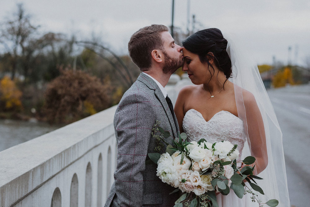 scarlet-lens-photography-the-swish-list-vineyard-bride-southern-ontario-wedding-photographer-005.jpg