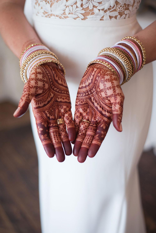 scarlet-lens-photography-the-swish-list-vineyard-bride-southern-ontario-wedding-photographer-003.jpg