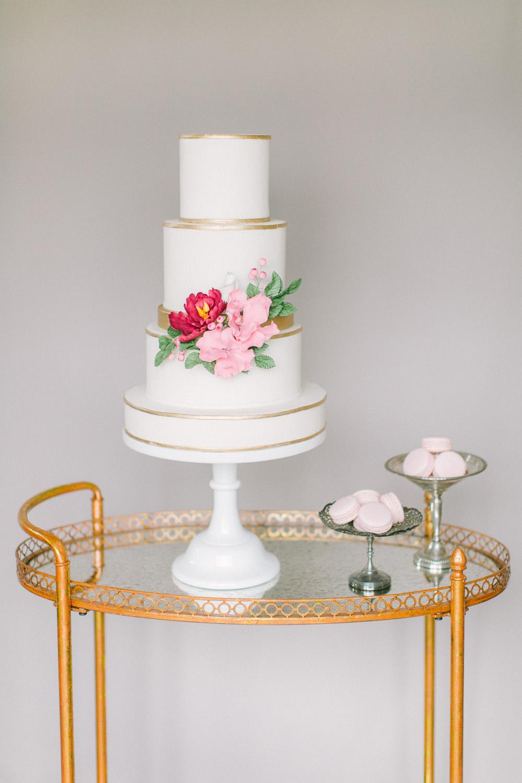 KJ-and-Co-Wedding-Planner-Vineyard-Bride-Photography-by-Elizabeth-in-Love-007.jpg