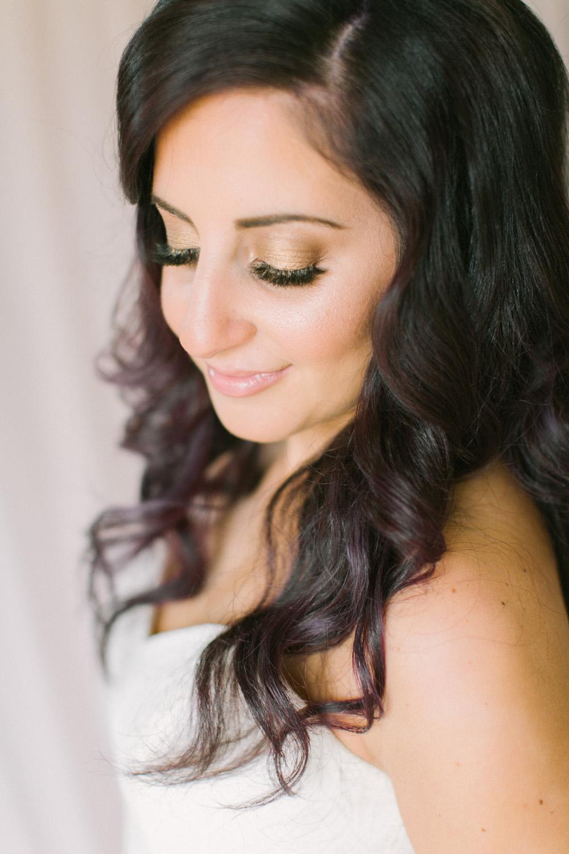 KJ-and-Co-Wedding-Planner-Vineyard-Bride-Photography-by-Elizabeth-in-Love-009.jpg
