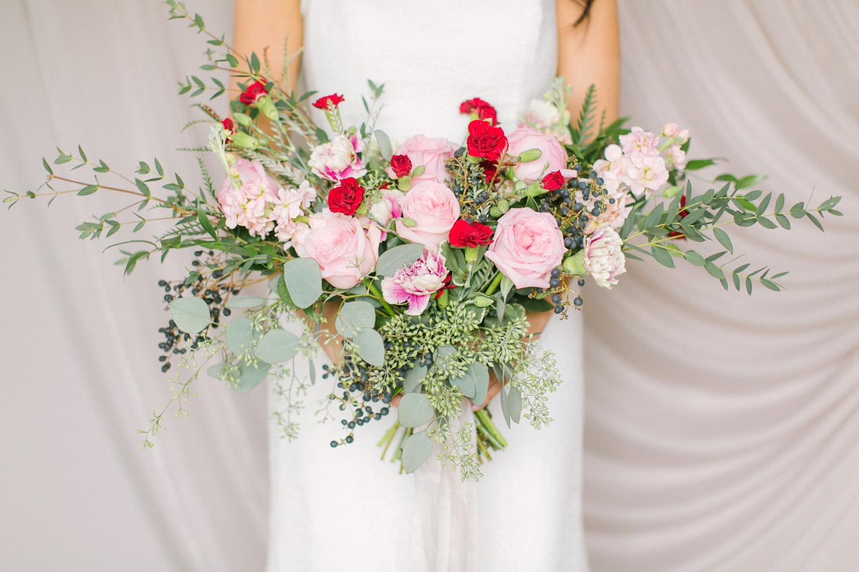 KJ-and-Co-Wedding-Planner-Vineyard-Bride-Photography-by-Elizabeth-in-Love-010.jpg