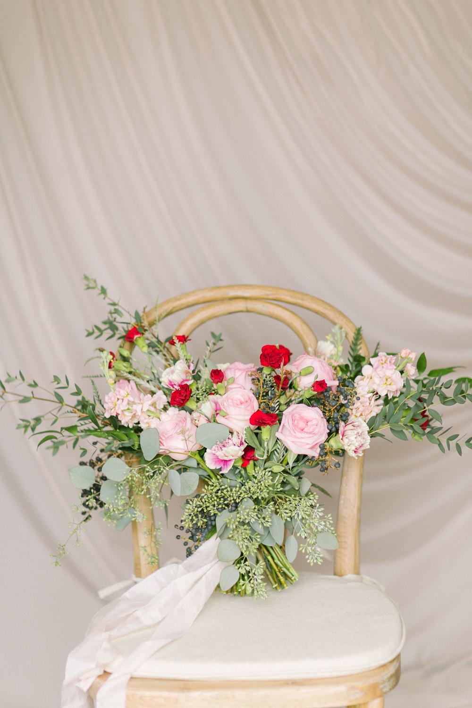 KJ-and-Co-Wedding-Planner-Vineyard-Bride-Photography-by-Elizabeth-in-Love-012.jpg