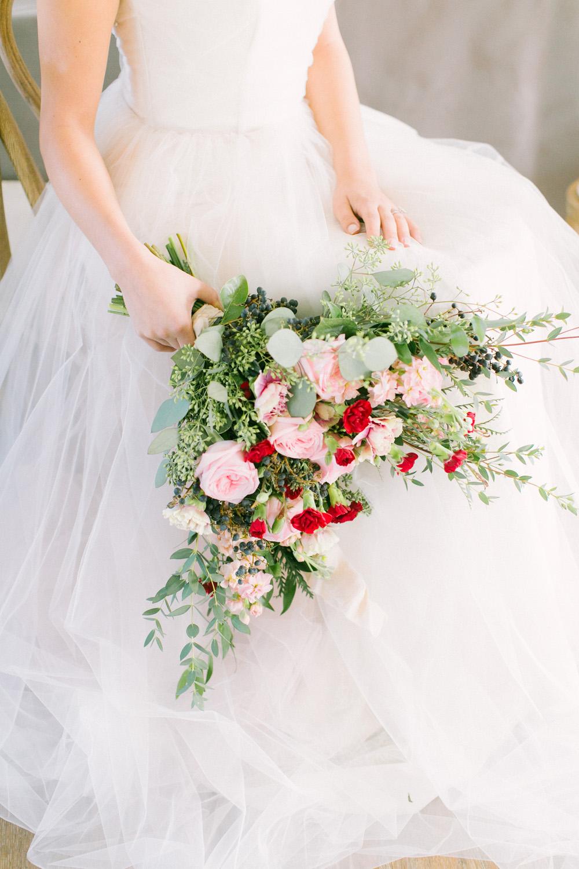 KJ-and-Co-Wedding-Planner-Vineyard-Bride-Photography-by-Elizabeth-in-Love-037.jpg