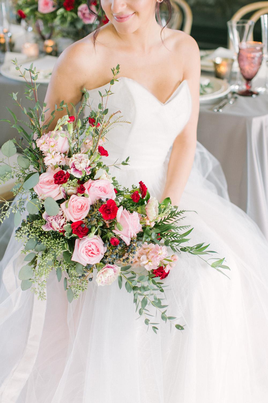KJ-and-Co-Wedding-Planner-Vineyard-Bride-Photography-by-Elizabeth-in-Love-041.jpg