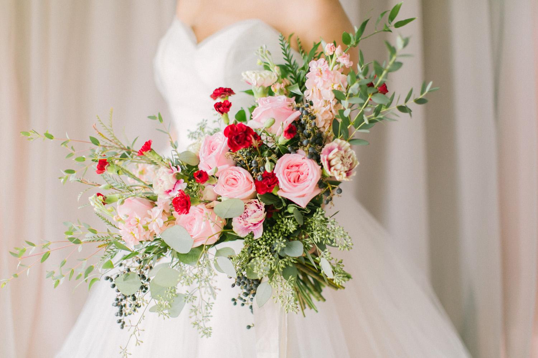 KJ-and-Co-Wedding-Planner-Vineyard-Bride-Photography-by-Elizabeth-in-Love-044.jpg