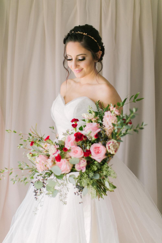 KJ-and-Co-Wedding-Planner-Vineyard-Bride-Photography-by-Elizabeth-in-Love-045.jpg