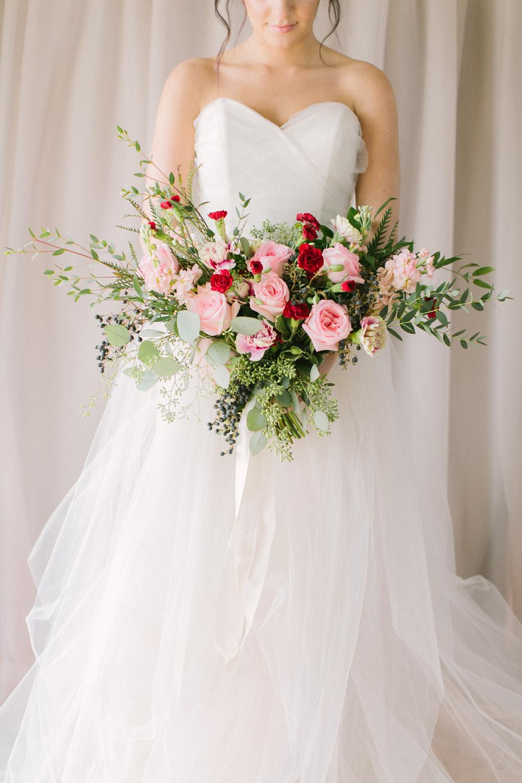 KJ-and-Co-Wedding-Planner-Vineyard-Bride-Photography-by-Elizabeth-in-Love-047.jpg