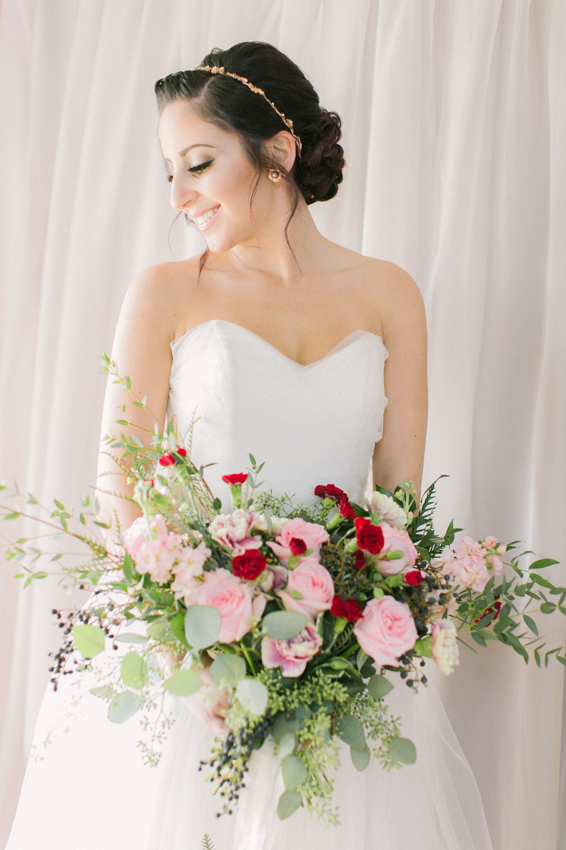 KJ-and-Co-Wedding-Planner-Vineyard-Bride-Photography-by-Elizabeth-in-Love-048.jpg