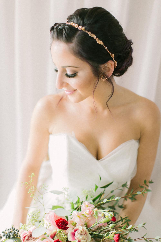 KJ-and-Co-Wedding-Planner-Vineyard-Bride-Photography-by-Elizabeth-in-Love-049.jpg
