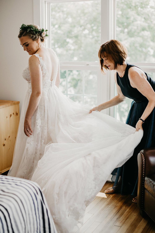 Amanda-Cowley-Events-Wedding-Planner-Vineyard-Bride-Photography-by-Katie-Benfey-Photography-017.jpg