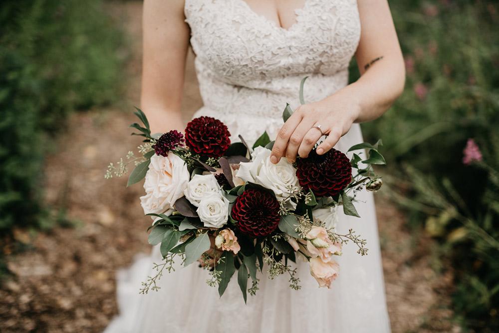Amanda-Cowley-Events-Wedding-Planner-Vineyard-Bride-Photography-by-Katie-Benfey-Photography-021.jpg