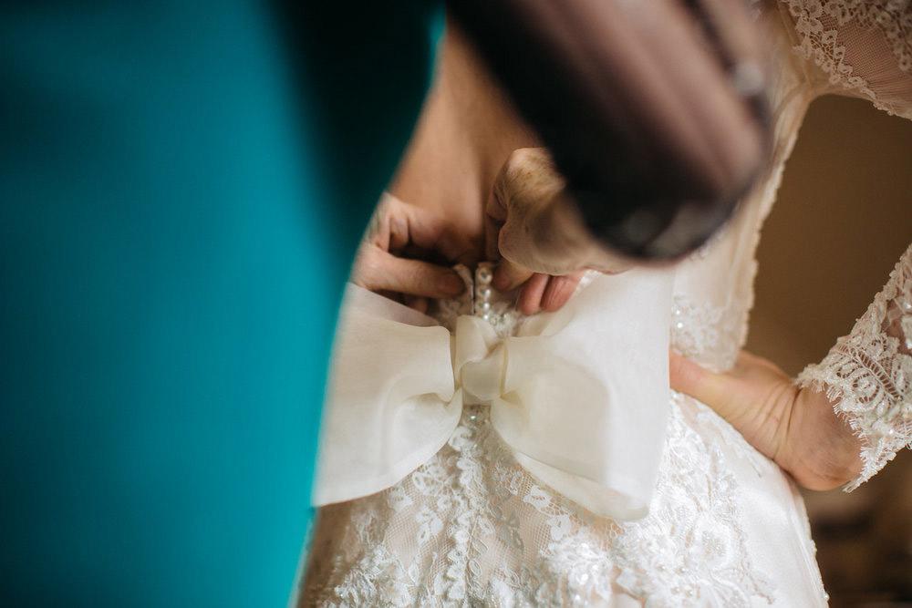 Winter-Wedding-Ridley-College-Stone-Mill-Inn-Vineyard-Bride-Photography-by-Joel-Hannigan-Photography-012.jpg