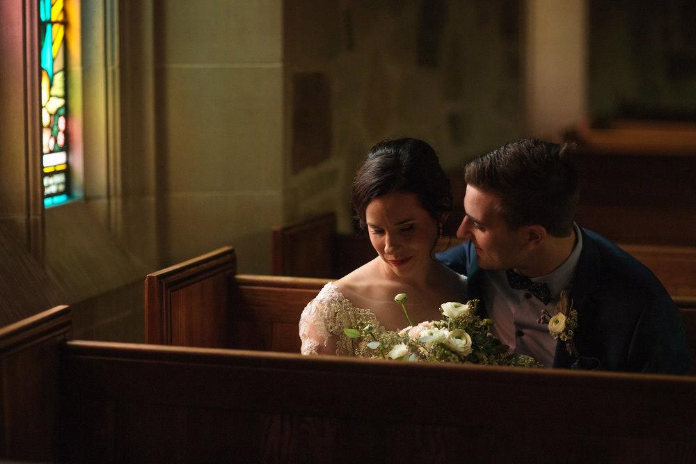 Winter-Wedding-Ridley-College-Stone-Mill-Inn-Vineyard-Bride-Photography-by-Joel-Hannigan-Photography-022.jpg