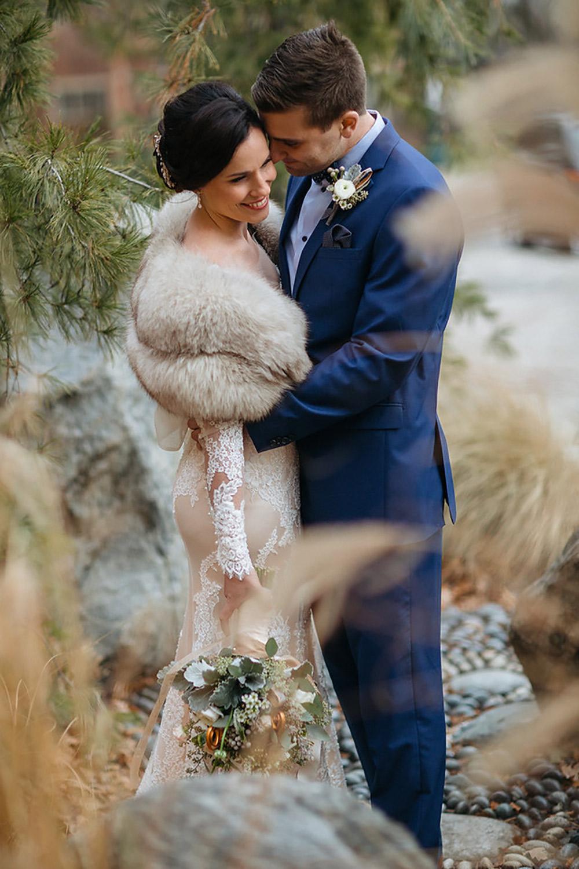Winter-Wedding-Ridley-College-Stone-Mill-Inn-Vineyard-Bride-Photography-by-Joel-Hannigan-Photography-024.jpg
