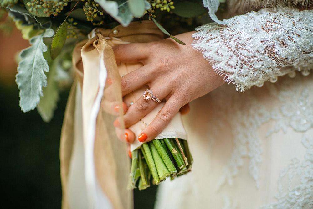Winter-Wedding-Ridley-College-Stone-Mill-Inn-Vineyard-Bride-Photography-by-Joel-Hannigan-Photography-028.jpg