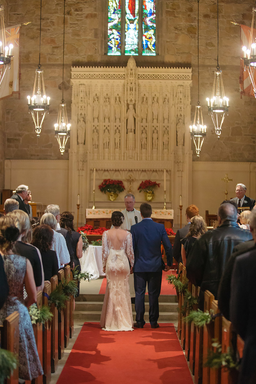 Winter-Wedding-Ridley-College-Stone-Mill-Inn-Vineyard-Bride-Photography-by-Joel-Hannigan-Photography-038.jpg