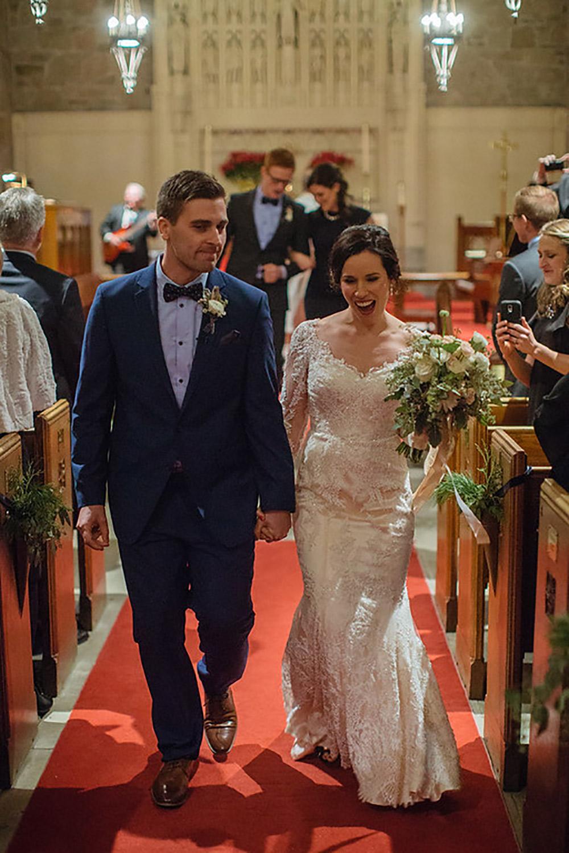 Winter-Wedding-Ridley-College-Stone-Mill-Inn-Vineyard-Bride-Photography-by-Joel-Hannigan-Photography-039.jpg
